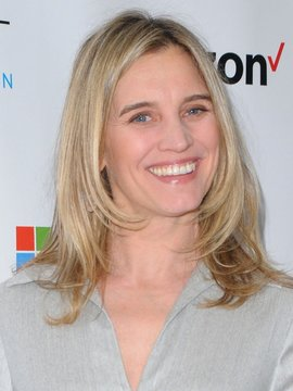 Isabel Gillies